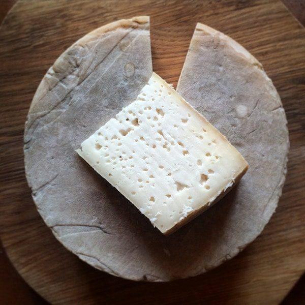 kozyny-syr-tverdy